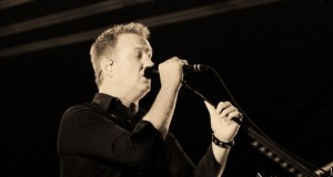 Show: Queens Of The Stone Age @ Reading Festival 2014