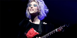 Clipe: St. Vincent – Birth in Reverse