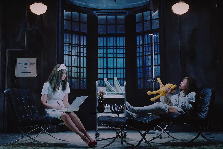 """BLACKPINK e a cena polêmica do clipe de """"Lovesick Girls"""""""