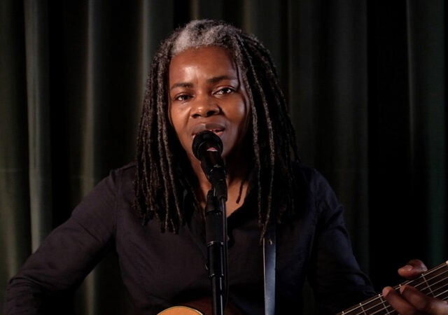 Tracy Chapman no Late Night de Seth Meyers